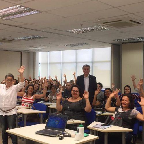 FRANCISCO MACEDO | Representante da Educação participa de oficina de formação em Teresina