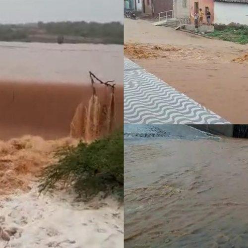Chuva com mais de 200 milímetros alaga ruas e faz barragem transbordar em Jacobina do Piauí; vídeos