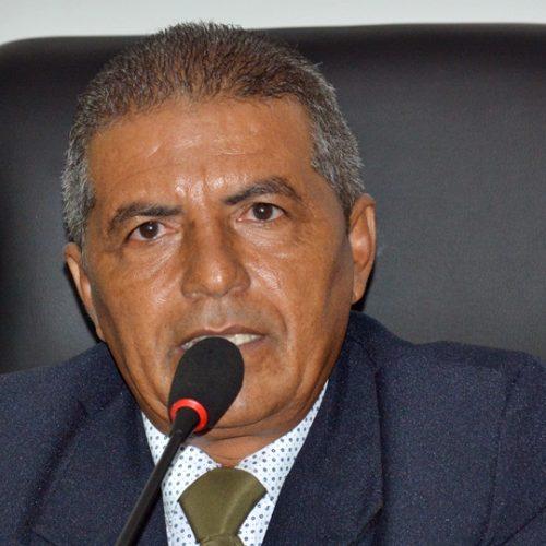 Após renúncia da mesa, vereador Helinho é eleito e reassume a Câmara de Patos do Piauí
