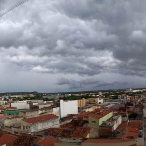 Inmet aponta pancadas de chuva para Jaicós, Picos e mais 15 cidades
