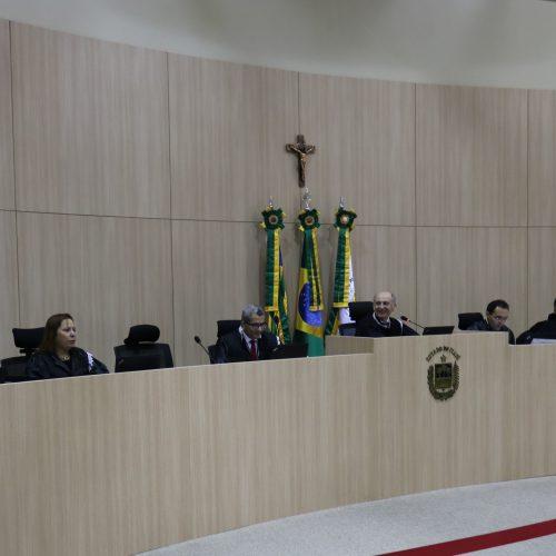 TCE/PI determina o bloqueio das contas de seis Prefeituras e de 10  Câmaras Municipais