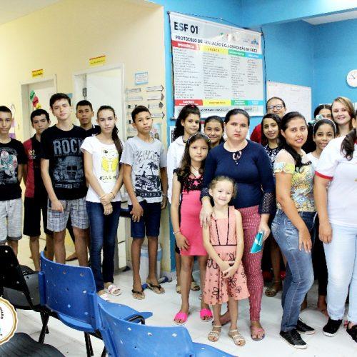 Saúde de Vila Nova avalia 195 crianças e adolescentes no ´Dia D` de vacinação contra o sarampo