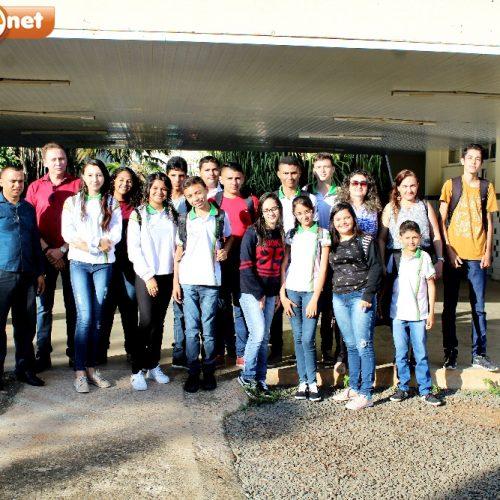 Na primeira aula, docentes acompanham os 15 alunos de Vila Nova aprovados no IFPI de Picos