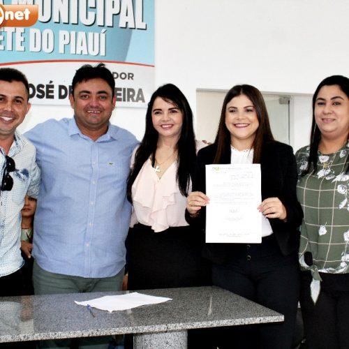 Empossada nova secretária de Cultura de Alegrete do Piauí; veja fotos