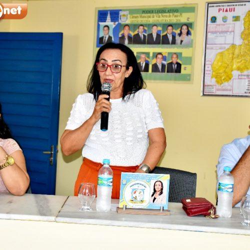 Em Vila Nova, Bibia solicita reforma no mercado, açougue e operação tapa buraco na PI Jovelino Romão da Silva
