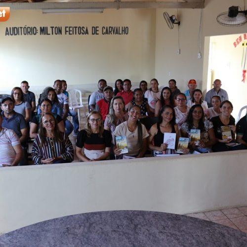 MASSAPÊ | Palestra com Graça Moura reúne agentes de gestão pública, técnicos administrativos e motoristas
