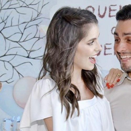 """""""Um vaqueirinho"""": Mano Walter e Débora Silva esperam um menino"""