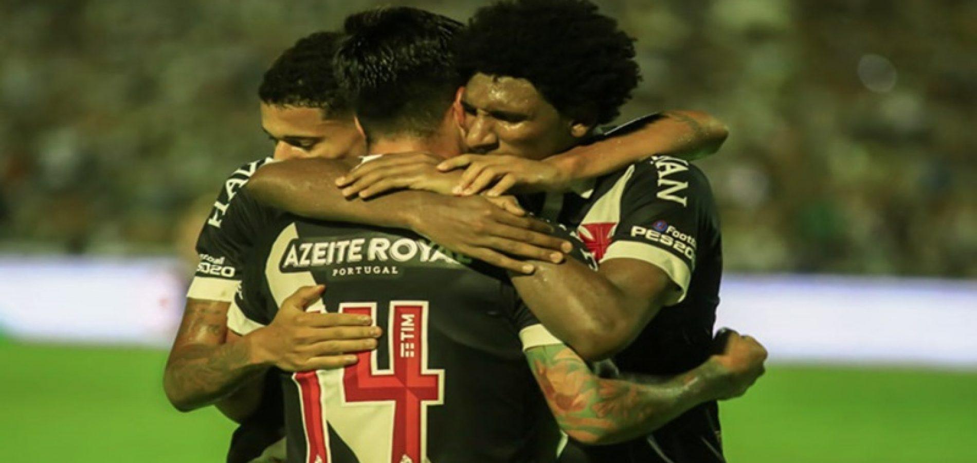 Vasco empata com Altos no Albertão e avança na Copa do Brasil