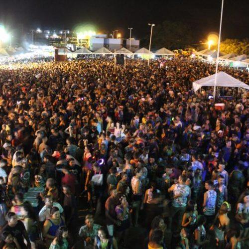 Segundo dia do Carnaval da Barragem de Bocaina bate novo recorde de público; veja fotos