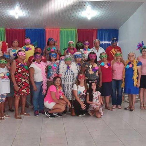 Assistência Social de Simões promove festa de carnaval para idosos do SCFV