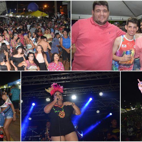 CARNAVAL   Confira as imagens da segunda noite do Picos Folia 2020