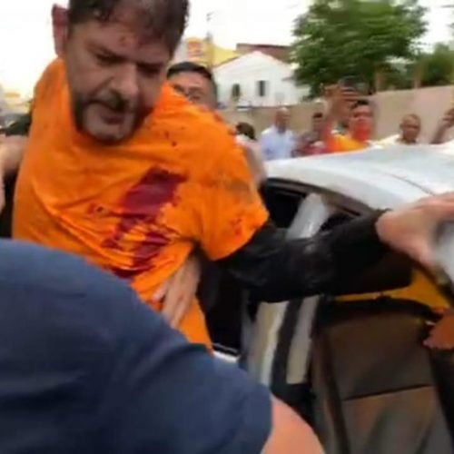 Cid Gomes, irmão de Ciro, é atingido por tiro em protesto de policiais no Ceará; veja vídeo