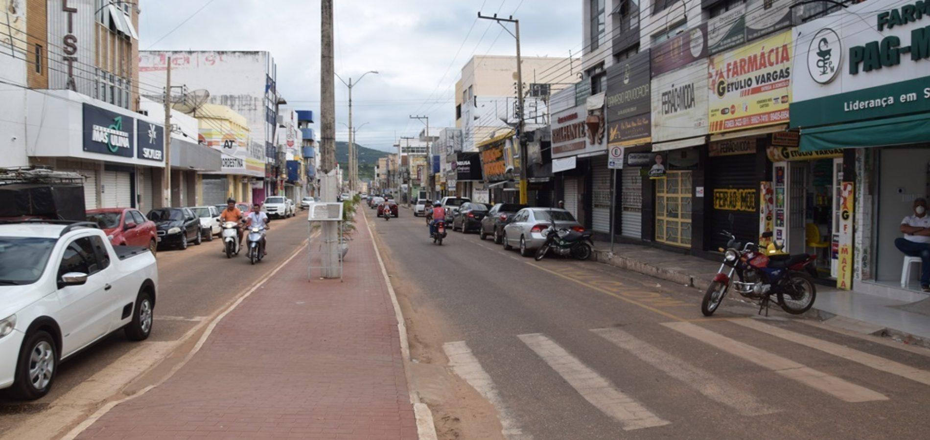 Picoenses atendem, em sua maioria, decreto de isolamento e deixam ruas vazias