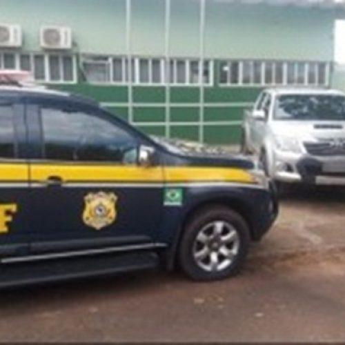 PRF prende condutor por uso de documento falso e recupera em Picos veículo com restrições no Detran-CE