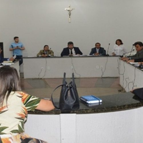 Nove vereadores de Picos mudarão de partido em busca de sobrevivência política