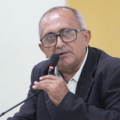 Vereador Divino Macedo solicita construção de aterro sanitário e reativação de lavanderia em Jaicós
