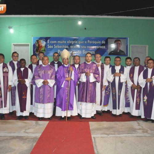 FOTOS | Posse canônica do padre Chiquinho na Paróquia São Sebastião, em Patos