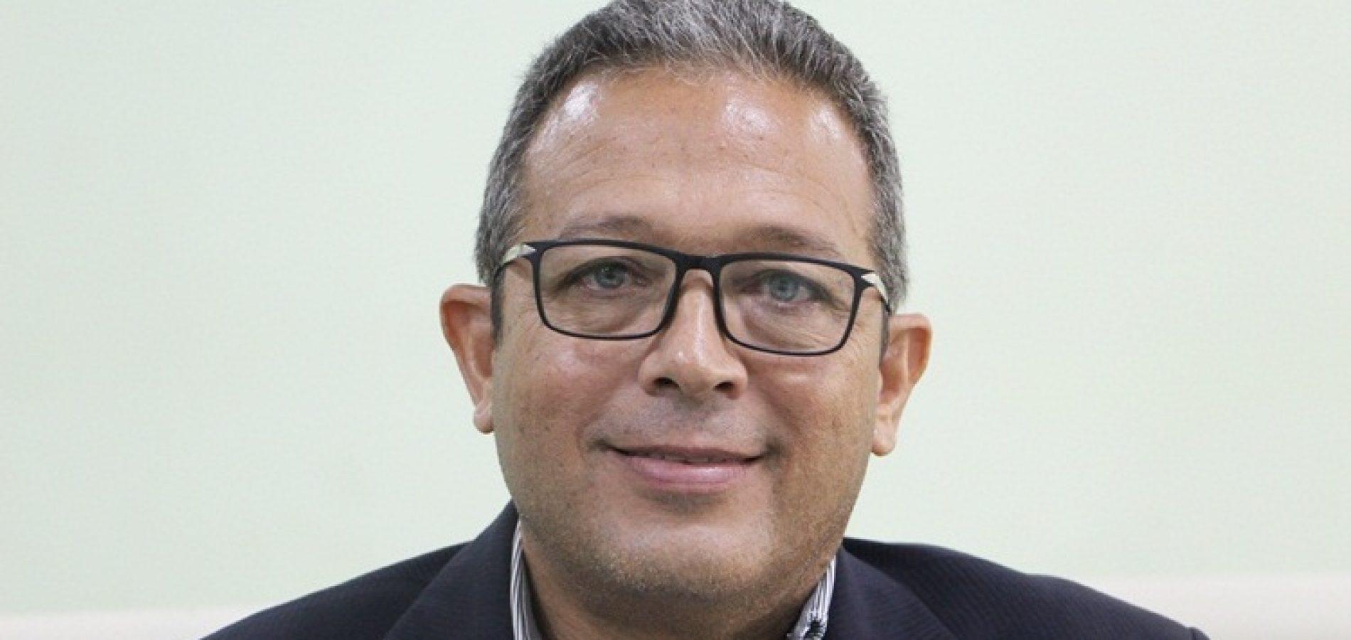 JAICÓS | Vereador Robim quer disponibilização de tendas, cadeiras e água a beneficiários que enfrentam filas para saques