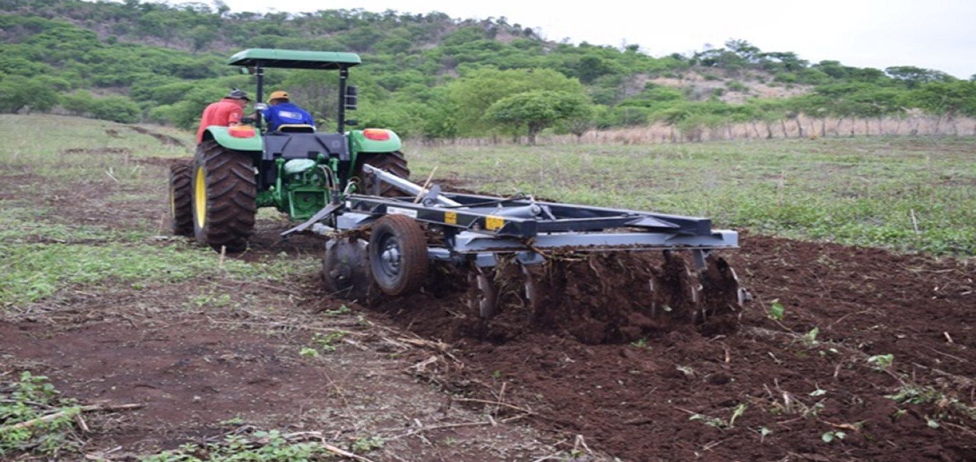 Patrulha mecanizada de Santana beneficia mais de 120 agricultores