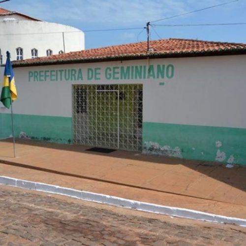 Em nota, assessoria jurídica da Prefeitura de Geminiano afirma que prefeito não consta com contas reprovadas