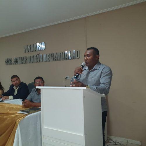 Marciel toma posse como vereador na Câmara de Francisco Macedo