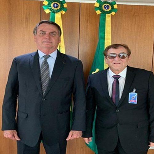 Bolsonaro surpreende Mão Santa em reunião não agendada