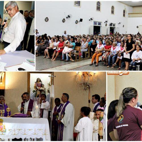 Veja fotos da posse canônica do padre Antônio Mendes na Paróquia Santa Ana, em Monsenhor Hipólito