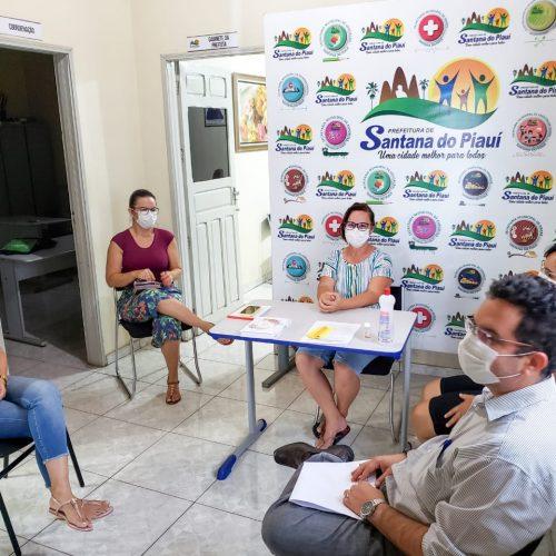 Em reunião, prefeita Maria José discute recomendações do MPPI contra o coronavírus em Santana