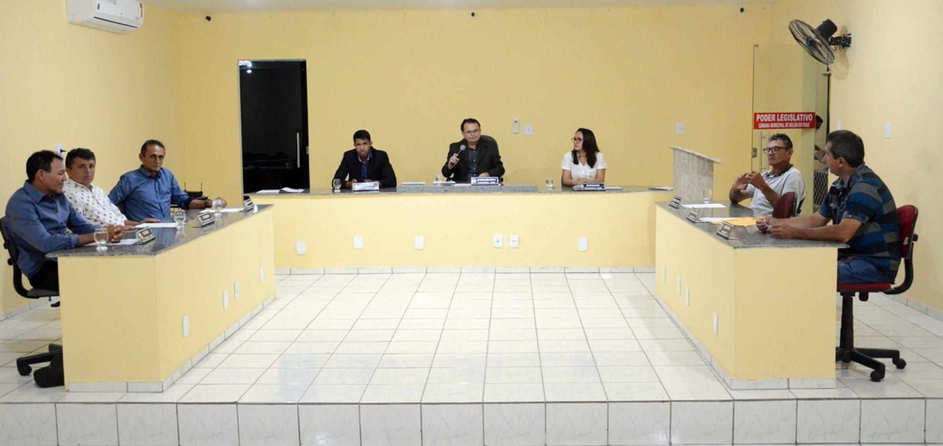 Câmara de Belém do Piauí aprova dois projetos e sessões são suspensas por 30 dias