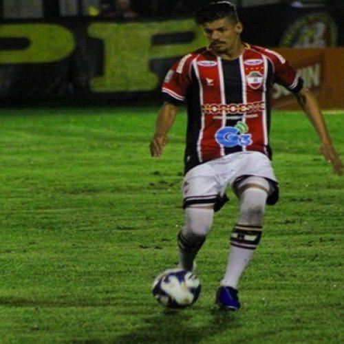 Jogando em casa, River leva goleada de 4 a 0 diante do Ceará