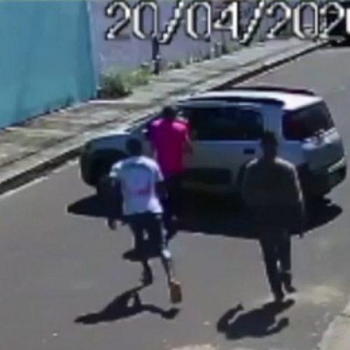 Mãe e filha são ameaçadas e retiradas de carro com violência durante assalto no Piauí