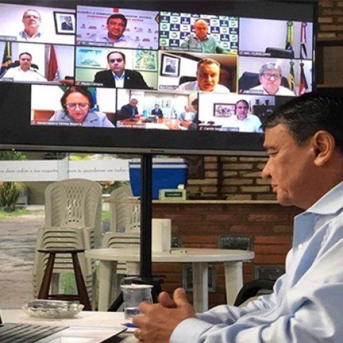 Em reunião com ministro, governadores do Nordeste pedem a contratação de médicos do exterior