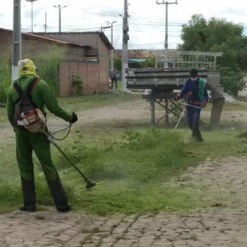 Prefeitura de Jaicós inicia serviços de limpeza das vias públicas