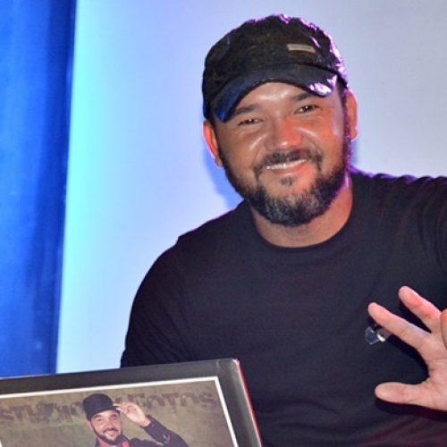 PADRE MARCOS | DJ Magrão realiza live solidária nesta quarta-feira (20)
