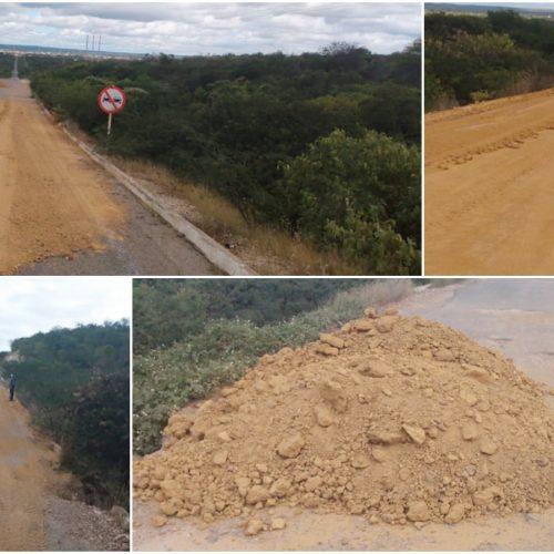 Prefeitura tapa buracos na PI- 243 entre Jaicós e Belém do Piauí