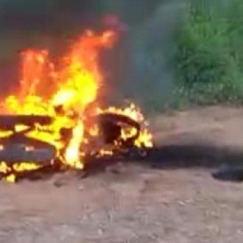 Motocicleta de agricultor incendeia na zona rural de Paulistana e fica totalmente destruída