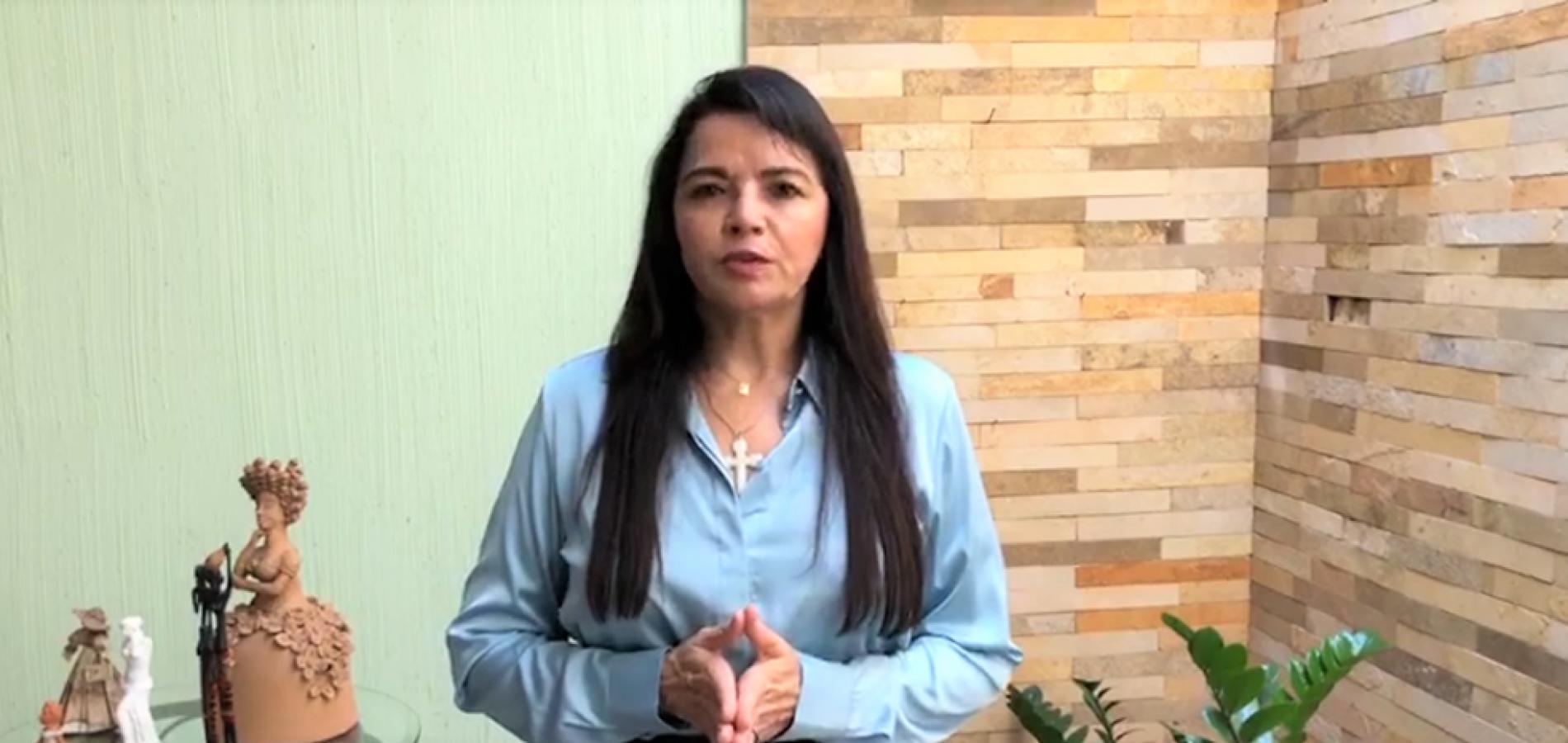 Após testar positivo para Covid-19, Teresa Britto relata sintomas leves