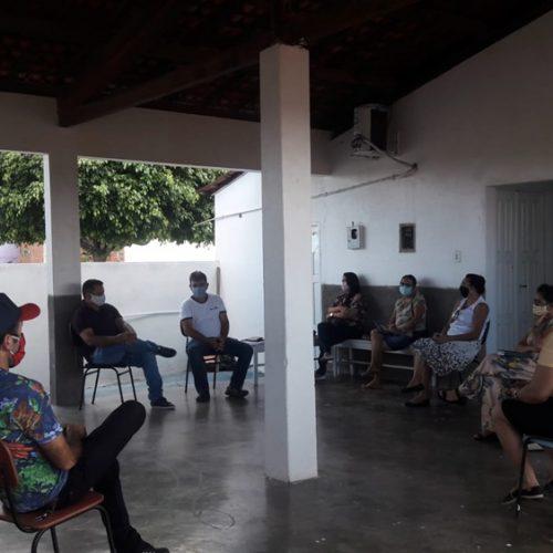 Dirigentes da Educação de Francisco Macedo tratam sobre distribuição de kits da merenda escolar