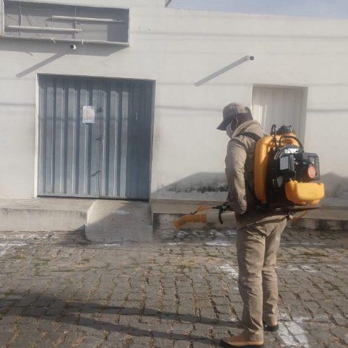 COVID-19 | Prefeitura de Francisco Macedo higieniza vias públicas e pontos de aglomeração