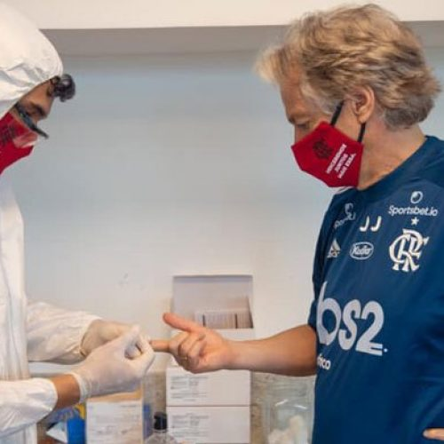 Elenco do Flamengo faz exames e recebe protocolo para volta aos treinos