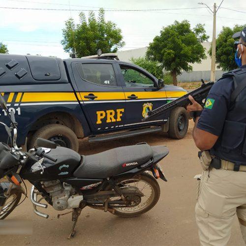 PRF prende 13 pessoas em operação realizada no Piauí
