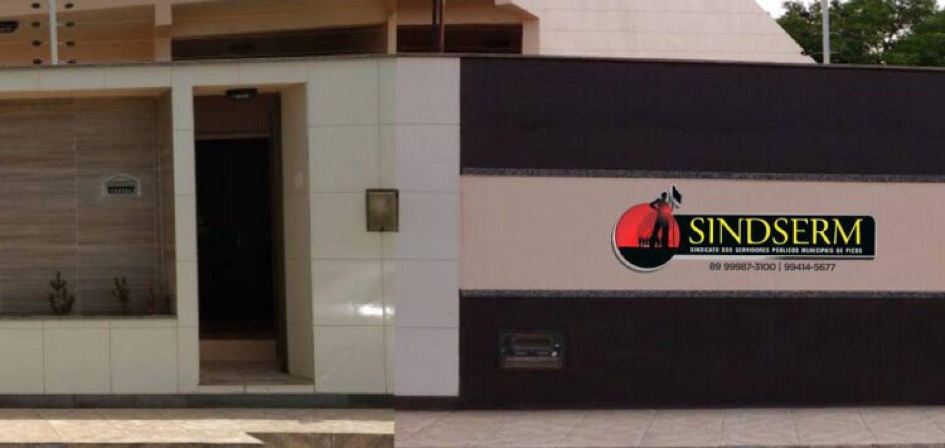 Sindicato propõe reajuste salarial para os servidores públicos da Prefeitura de Picos