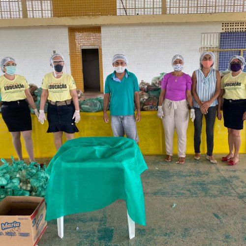 Educação distribui merenda escolar para alunos da Rede Municipal em Belém do Piauí