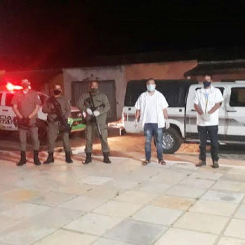 Com apoio da PM, Vigilância Sanitária realiza ação preventiva no povoado Curralinho, em Simões