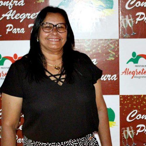 Pré-candidata a prefeita de Alegrete do Piauí participa do '1° Seminário Mais Mulheres na Política'