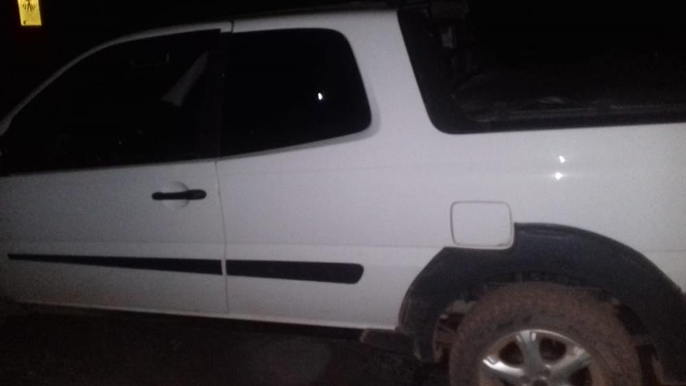 Bandidos assaltam família e após fuga abandonam veículo na BR-020 no Piauí 5
