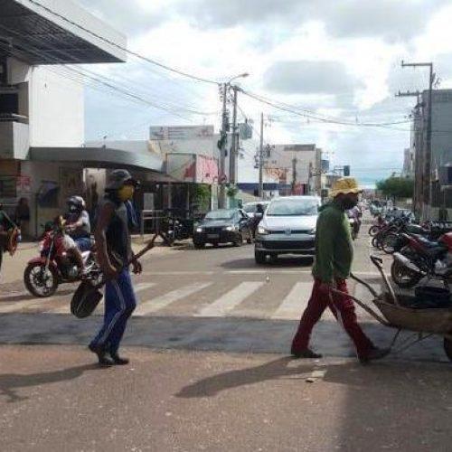 Secretaria de Obras recupera pavimentação de seis bairros em Picos