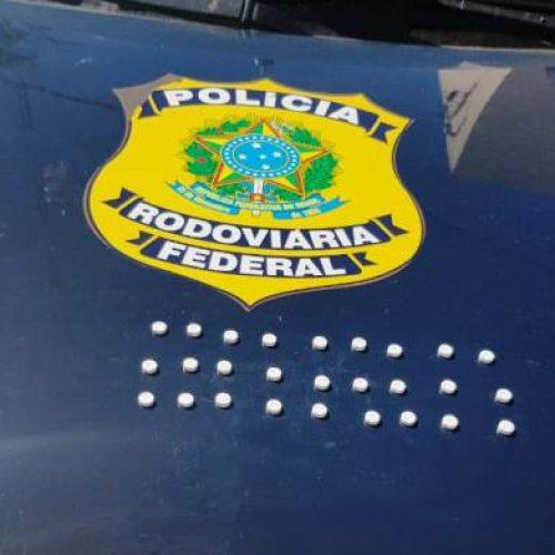 PICOS | Caminhoneiro é autuado pela PRF, na BR-316, por porte de drogas para uso