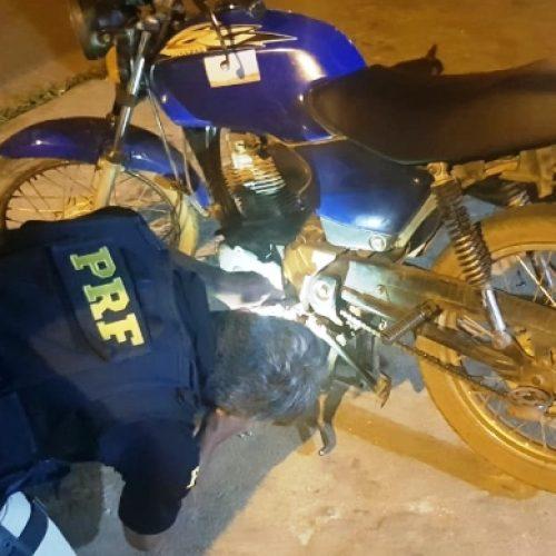 SUSSUAPARA | Homem é preso pela PRF por receptação de veículo roubado há 7 anos em Picos