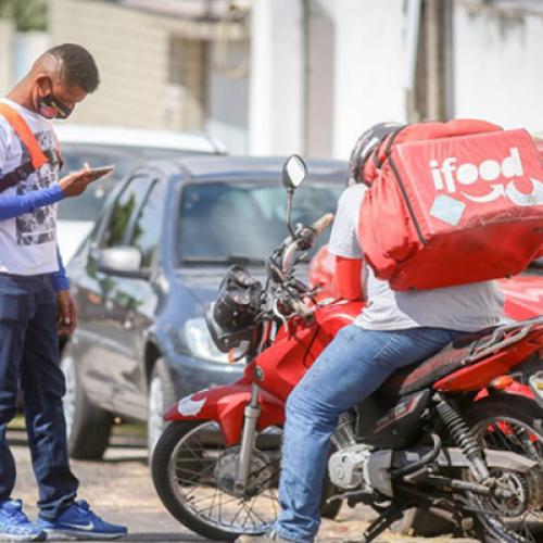 Entregadores de aplicativos fazem paralisação em Teresina; 30 tentativas de assalto no lockdown